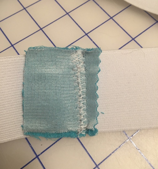 WAistband Elastic - Trimming fabric square ends