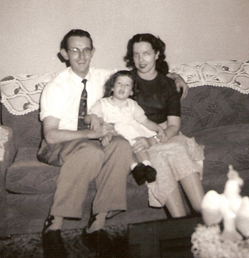 Daddy, Me & Mom