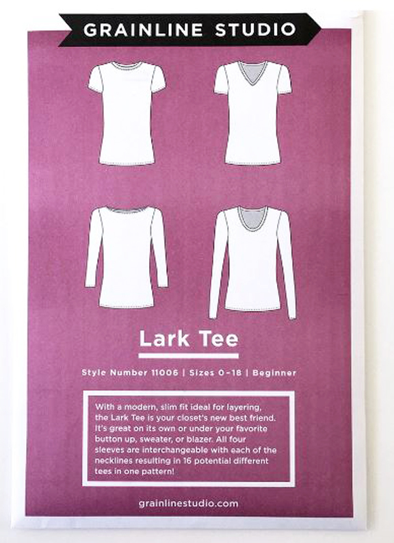 c3a7d1100022c ... a great t-shirt pattern. A fabulous tee is a must-sew in any Handmade  Wardrobe and I found total GOLD when I picked up Grainline Studio s Lark  Tee!