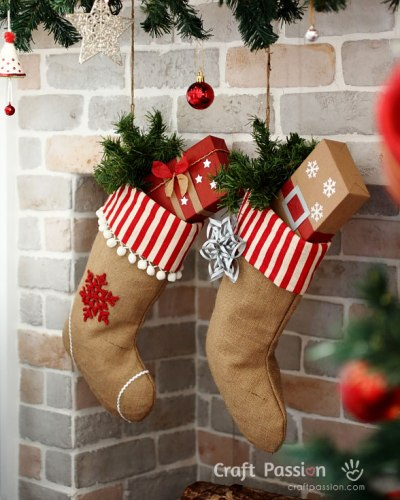 burlap-christmas-stocking-pt
